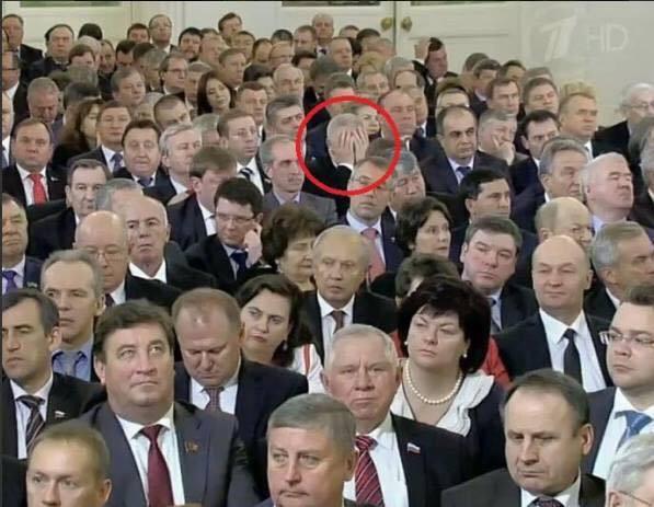 Zuhörer bei Putins Rede am 4.12.2014 vor den beiden Parlamentskammern Russlands