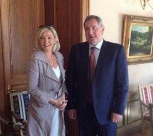 Marine Le Pen wird am 21. Juni von Dmitri Rogosin, dem russischen Vizepremier empfangen. © Twitter / Ludovic de Danne.