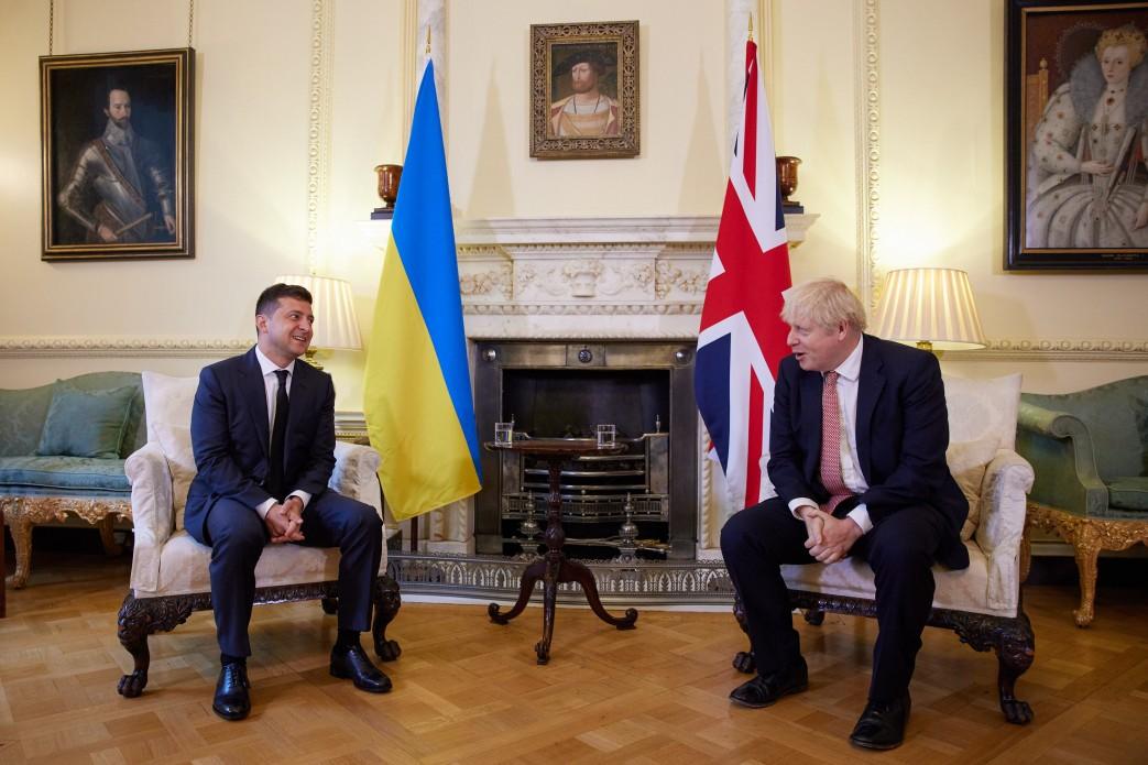 Volodymyr Zelenskyy and Boris Johnson meeting in London, 7 October 2020 (Photo: president.gov.ua)